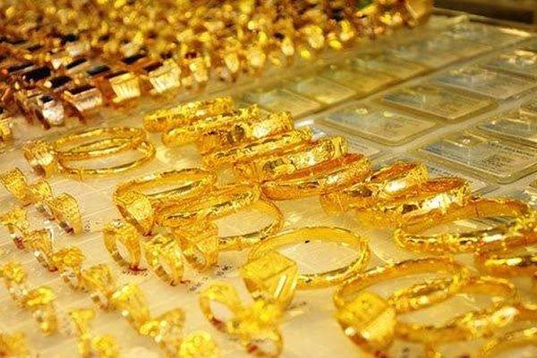 Giá vàng 8/3/2021: Bật tăng bất thành, người mua chịu lỗ sau 1 tuần