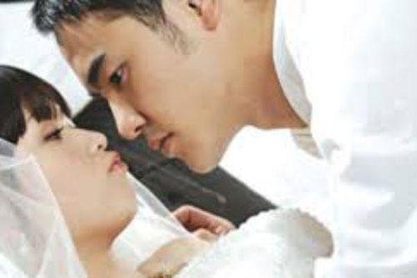 Phát hiện bí mật 'động trời' của vợ mới cưới trong đêm tân hôn