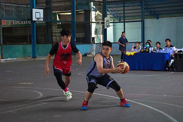 8 đội bóng tranh tài Giải bóng rổ học sinh Olympic Gym L2T 3x3