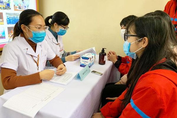 Tuyển người từ 40-59 tuổi tiêm thử nghiệm vắc xin Covid-19 thứ 2 của Việt Nam