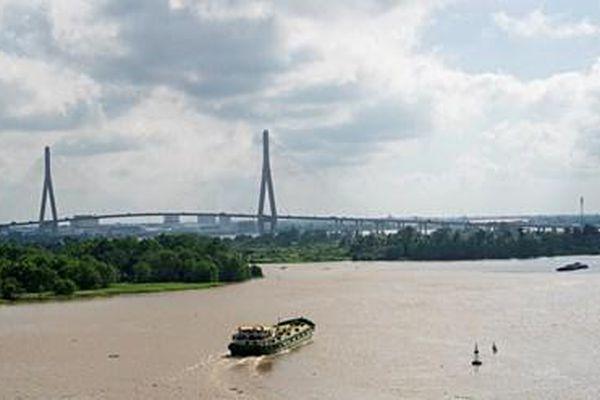 Vận tải thủy nội địa tại khu vực Đồng bằng sông Cửu Long: Tháo gỡ 'điểm nghẽn' để bứt phá