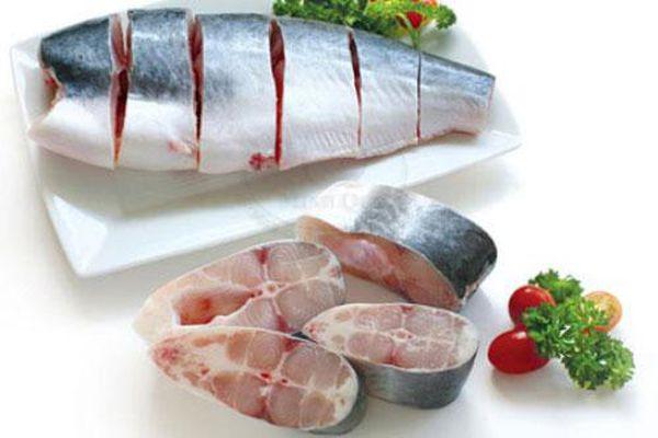Tuyệt chiêu khử mùi tanh của cá biển đơn giản mà hiệu quả
