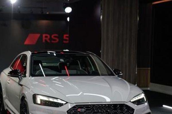 Ra mắt Audi RS5 Coupe 2021: Thiết kế hoàn toàn mới, động cơ công suất 450 mã lực