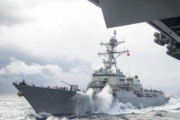 Trung Quốc phản ứng vụ tàu khu trục Mỹ qua eo biển Đài Loan