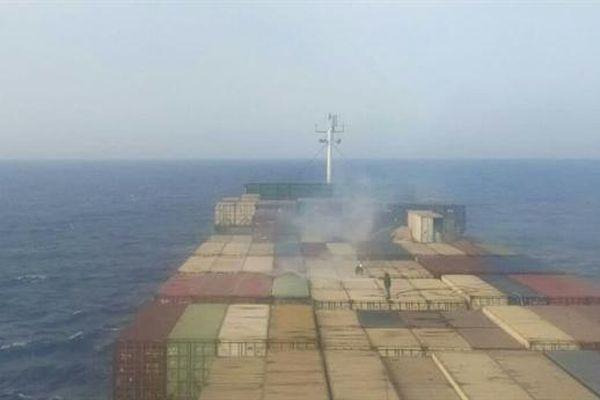 Siêu tàu hàng Iran cháy bí ẩn ngoài khơi Syria