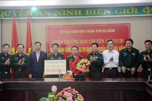 Khen thưởng lực lượng BĐBP trong chuyên án buôn lậu qua cảng Tiên Sa