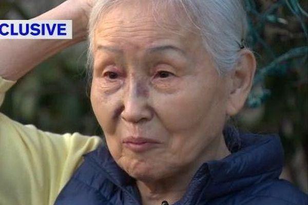 Cụ bà gốc Á bị nhổ nước bọt, đánh bất tỉnh giữa phố ở New York