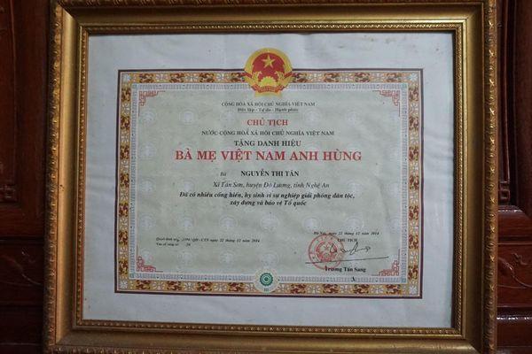 Cái Tết vui của Bà Mẹ Việt Nam Anh hùng 110 tuổi sau nửa thế kỷ chờ con