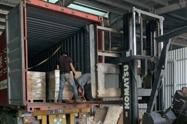 Bắc Giang: Khởi tố 2 đối tượng buôn lậu trị giá hàng trăm tỷ đồng