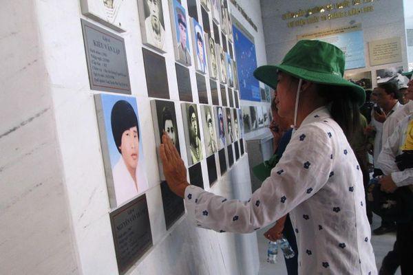 Tháng Ba đến với Khu tưởng niệm chiến sĩ Gạc Ma