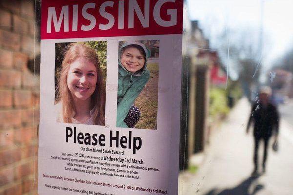 Sự vô lý đằng sau vụ cô gái Anh bị cảnh sát giết hại