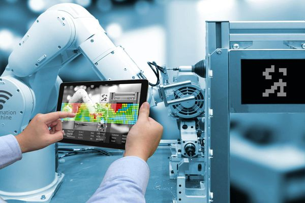 Nền tảng công nghệ nào sẽ hỗ trợ doanh nghiệp vượt qua đại dịch Covid?