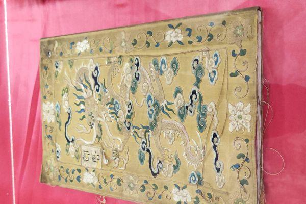 Cận cảnh thư tịch cổ trong kho lưu trữ tài liệu quốc gia triều Nguyễn