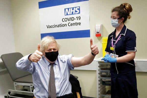 Anh 'thắng lớn' khi triển khai tiêm vaccine COVID-19