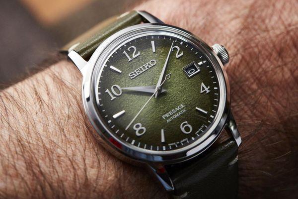 Những mẫu đồng hồ màu xanh độc đáo