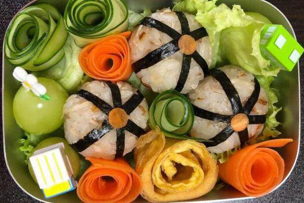 Loạt cơm hộp đẹp như tranh mẹ Việt ở Nhật làm cho con mang đến trường