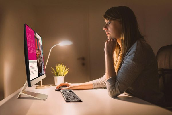 ASUS Vivo AiO V222: Máy tính đa năng thiết kế đẹp, màn hình NanoEdge và loa đa kênh