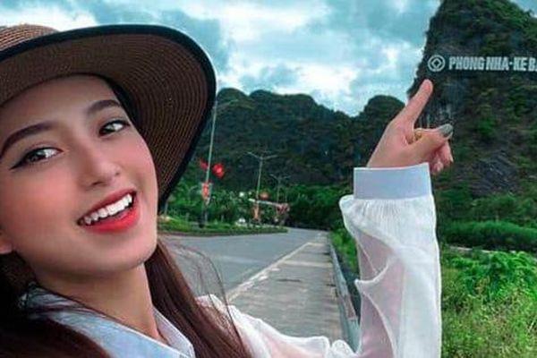 'Check in' danh thắng, quảng bá du lịch Quảng Bình