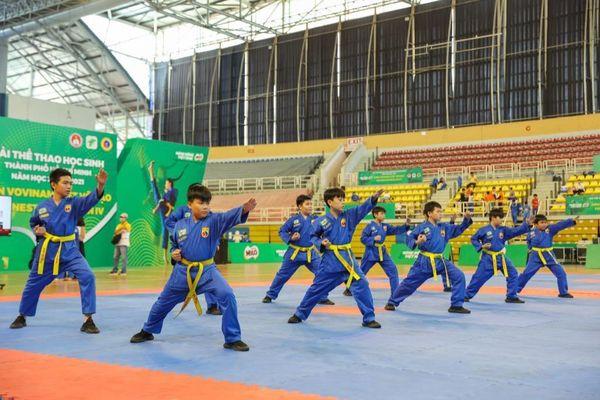 Hơn 1.500 học sinh tham gia Hội Khỏe Phù Đổng môn Vovinam Việt Võ Đạo