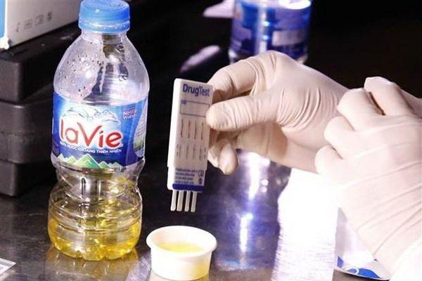 Phát hiện 2 tài xế dương tính với ma túy trên cao tốc Hà Nội - Hải Phòng - Quảng Ninh
