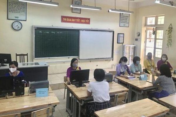 Tuyển sinh lớp 1, lớp 6 tại Hà Nội: Tiếp tục khuyến khích hình thức trực tuyến
