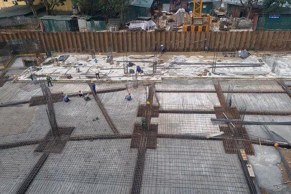 Thép xây dựng tăng giá: Người dân, doanh nghiệp gặp khó