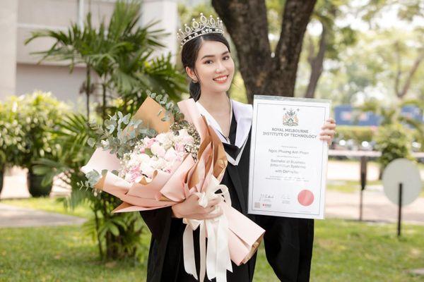 Trang chủ Miss International chúc mừng Á hậu Phương Anh tốt nghiệp thủ khoa