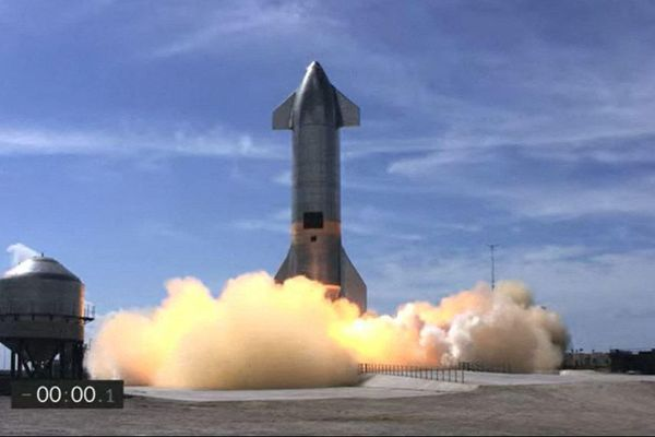 Tên lửa Starship SN11 lại phát nổ khi hạ cánh