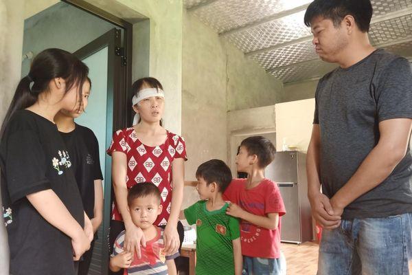 Hà Tĩnh: 5 bé thơ mất bố đón nhận tình yêu thương của bạn đọc Báo GD&TĐ