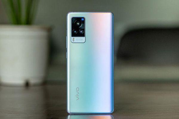 Vivo X60 Pro 5G chốt giá 19,99 triệu đồng tại Việt Nam, cạnh tranh với Samsung Galaxy S21 5G