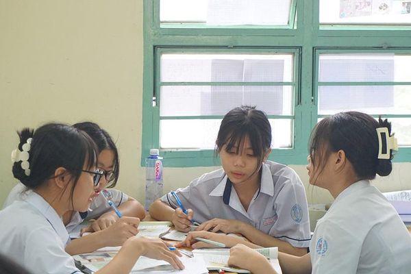 Tuyển sinh lớp 10: Tăng tốc ôn tập tiếng Anh