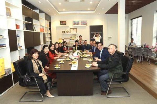 Hội Doanh nhân tư nhân Việt Nam cùng Hội Doanh nghiệp tỉnh Vĩnh Phúc hợp tác để hỗ trợ doanh nghiệp