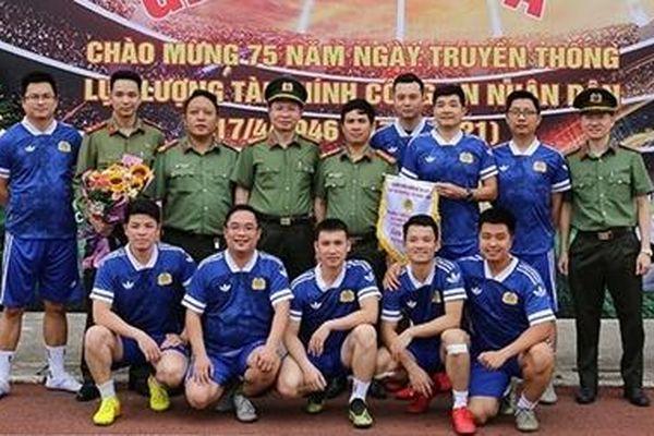 Khai mạc Giải bóng đá Cục Kế hoạch và Tài chính CAND