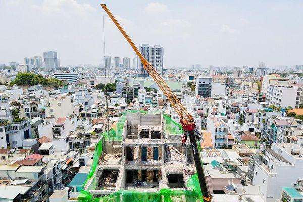 Cận cảnh tháo dỡ công trình vi phạm trật tự xây dựng