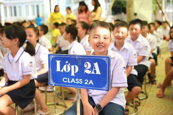Giáo viên háo hức đón nhận chương trình, sách giáo khoa lớp 2 và 6 mới