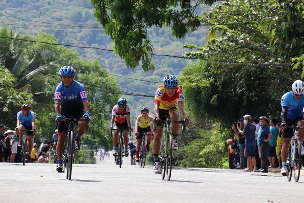 Giải Đua xe đạp Cúp truyền hình TP.HCM 2021 khởi tranh từ Cao Bằng