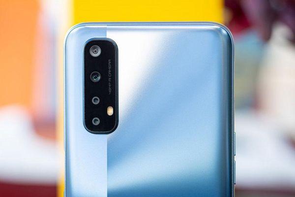 Bảng giá điện thoại Realme tháng 4/2021: Thêm sản phẩm mới