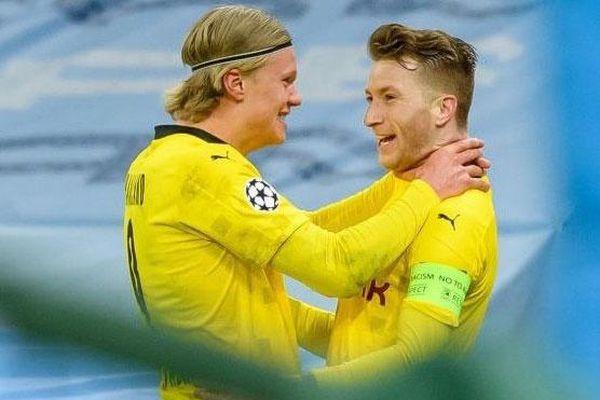 Haaland bóp cổ đội trưởng khi ăn mừng bàn thắng