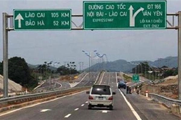 Hà Giang xin sân bay, làm đường: Đừng để mắc nợ!