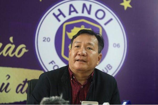 Thay thế HLV trưởng, ông Hoàng Văn Phúc phải tác động tâm lý cho cầu thủ CLB Hà Nội