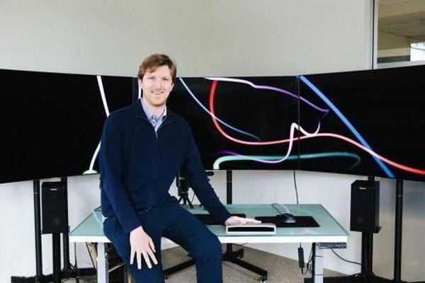 Bất ngờ với hành trình khởi nghiệp của tỷ phú tự thân trẻ nhất thế giới vừa được Forbes gọi tên