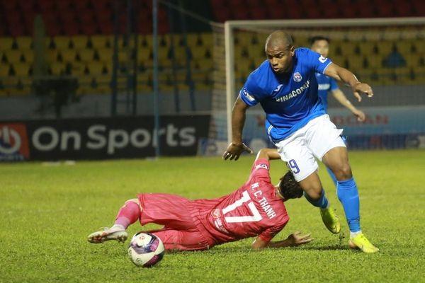 V-League: Than Quảng Ninh tạm chiếm ngôi đầu, Sài Gòn FC rơi xuống đáy bảng