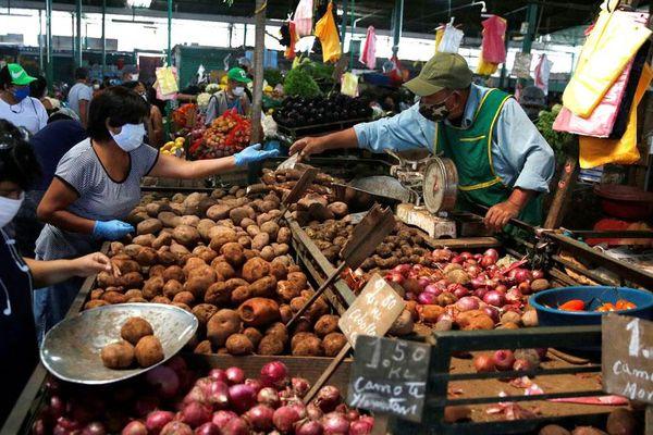 IMF nâng dự báo tăng trưởng khu vực Mỹ Latinh