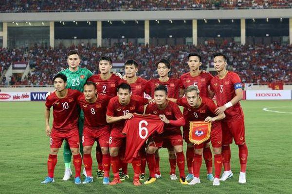 Đội tuyển Việt Nam lên hạng 92 thế giới
