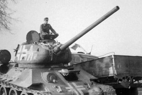Người Đức làm gì với xe tăng T-34 huyền thoại của Liên Xô trong Thế chiến II