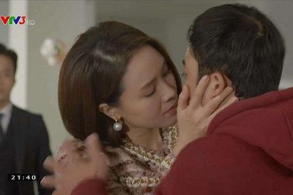 Hướng Dương Ngược Nắng tập 51: Châu bất ngờ cưỡng hôn Phúc trước mặt Kiên