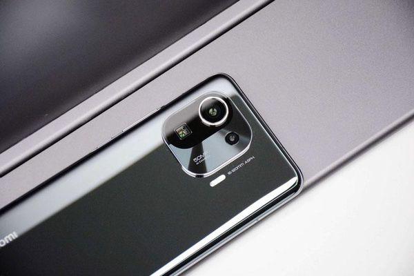 Smartphone mạnh bậc nhất quả đất, chống nước, màn hình 120Hz, giá hấp dẫn