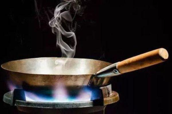 4 thói quen nấu ăn tai hại của bà nội trợ khiến cả nhà mắc bệnh, cần sử ngay trước khi quá muộn