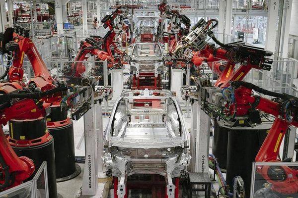 Tỉ lệ giao xe của Tesla vượt dự tính