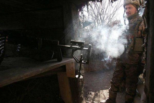 Ngoại trưởng Ukraine: Quân đội sẽ nổ súng khi kẻ thù tấn công ở Donbass